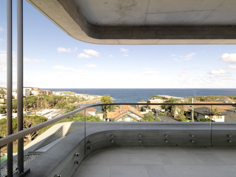 Luigi Rosselli, Exposed Off Form Concrete Finish, Balcony, Concrete Beam, View, Waterfront View