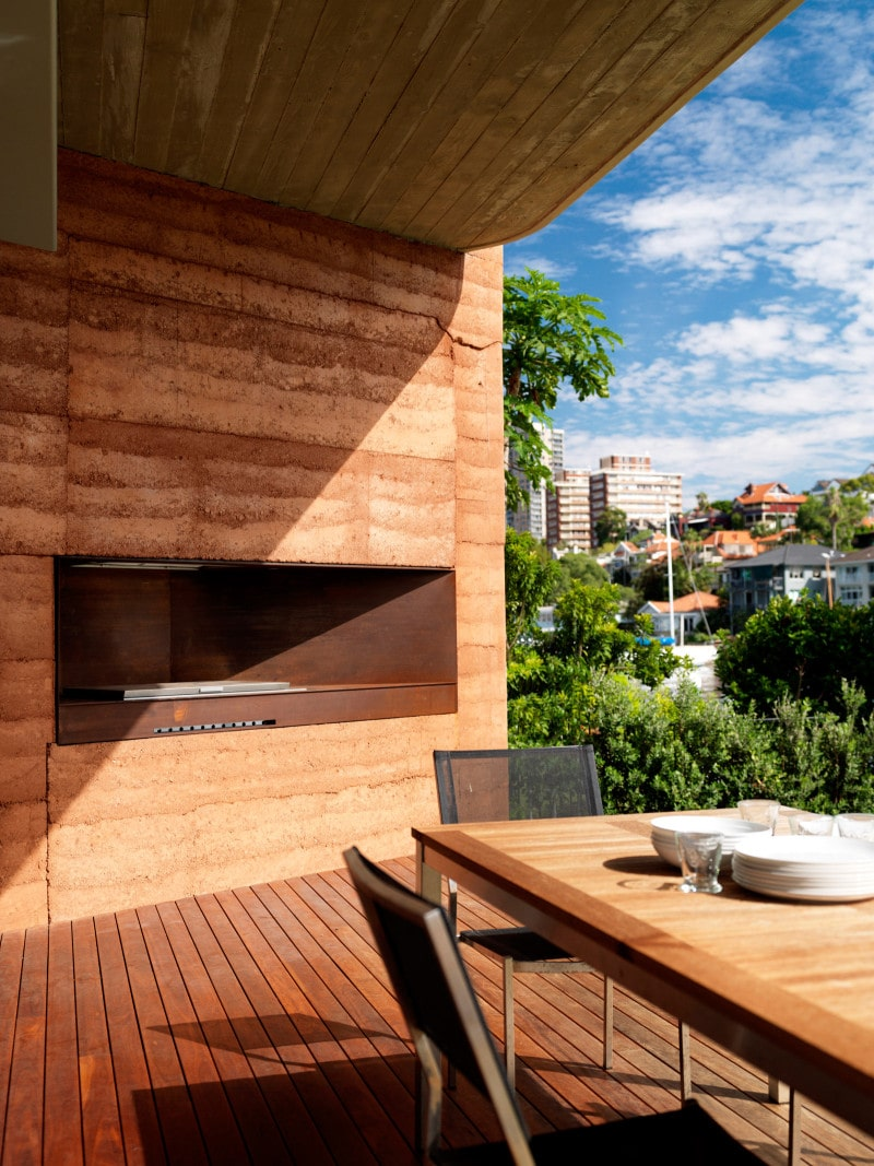 Luigi Rosselli, Rammed Earth, Rammed Earth Wall, Built in BBQ, External Outdoor Seating and Dining