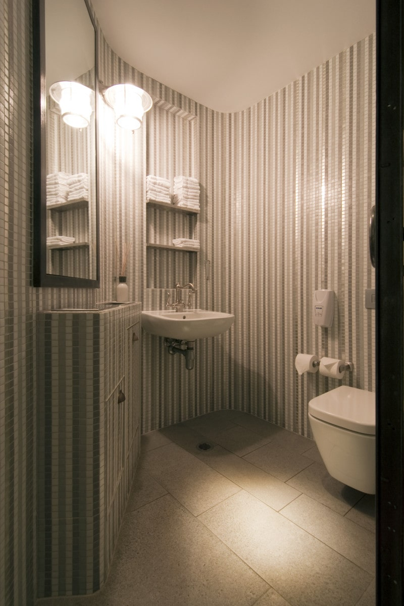 Luigi Rosselli, Bathroom, Curved Bathroom