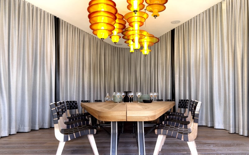 Luigi Rosselli, Restaurant, Dining Area, Seating Area, Curtains