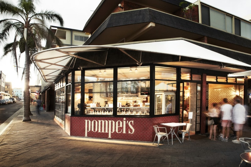 Luigi Rosselli, Restaurant, Cafe, Metal Windows, Pompei's