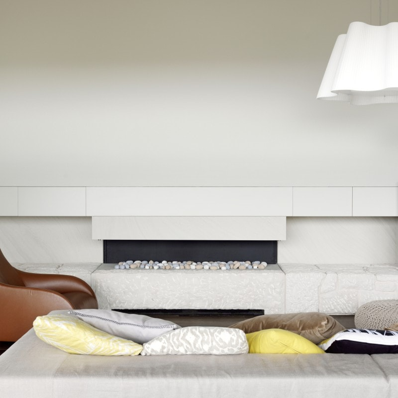Luigi Rosselli, Built in Fireplace, Fireplace, Pebble Fireplace