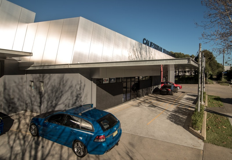 Luigi Rosselli, Automotive Workshop, Metal Facade, Metal Cladding, Fixed Awning