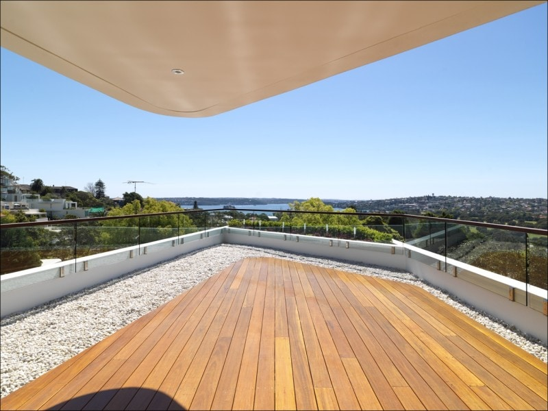 Luigi Rosselli, Timber Deck, Covered Area