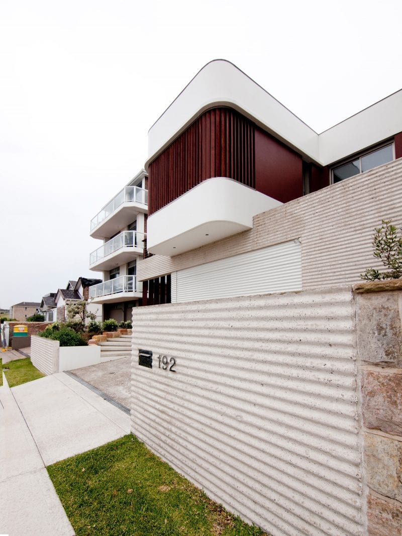 Luigi Rosselli, Exposed Off Form Concrete, Textured Concrete, Curves, Volumes, Timber Shutters, Anodised Aluminum Shutters