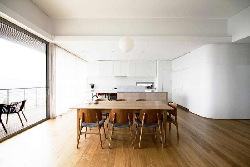 Luigi Rosselli, Dining Room, Curved Walls, Timber Floors