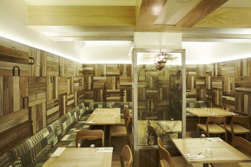 Luigi Rosselli, Seating, Restaurant