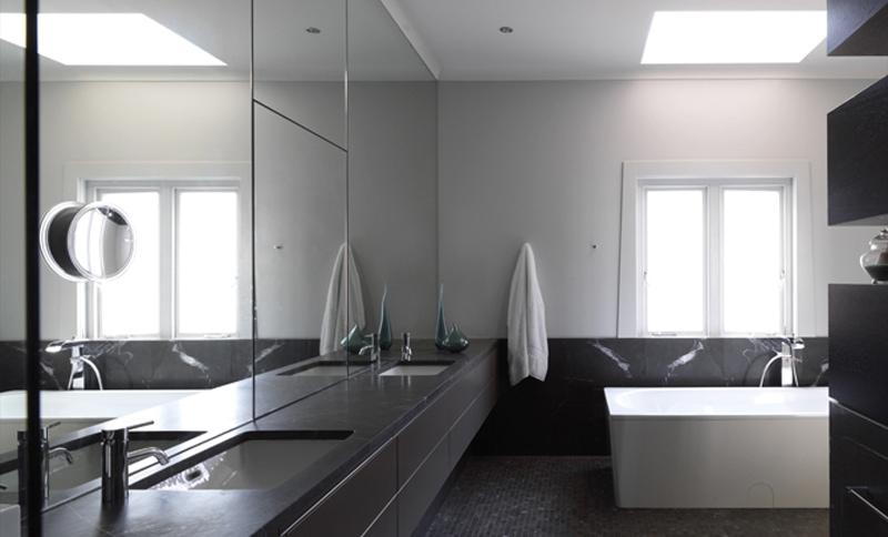 Luigi Rosselli, Bathroom, Mirrored Walls