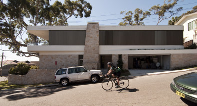 Luigi Rosselli, Sandstone Cladding, Stone, Sandstone, Anodised Aluminium Shutters, Garage Door Tilted