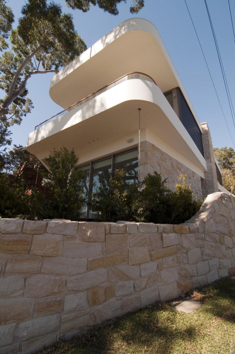 Luigi Rosselli, Concrete, Curved Balcony