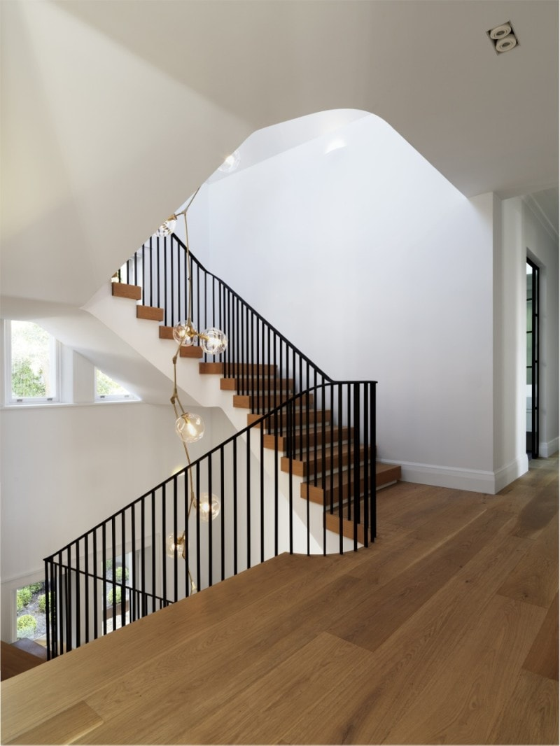 Luigi Rosselli, Steel Stair Balustrade, Timber Stair Treads, Angular Stairs, Stair Void