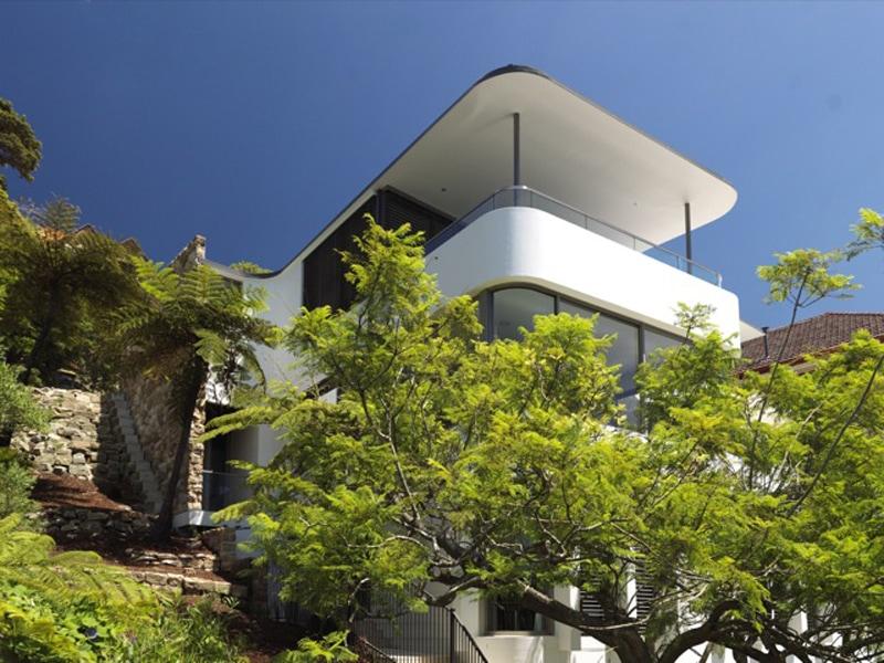 Luigi Rosselli, Thin Roof, Narrow Column