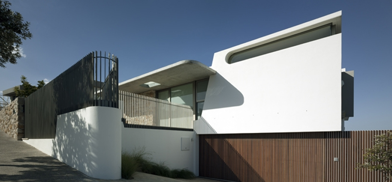 Luigi Rosselli, Curved Windows, Curved Concrete, Timber Garage Door