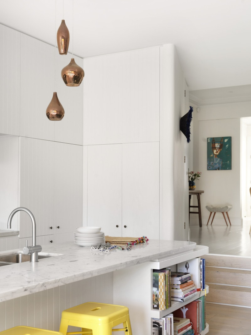 Luigi Rosselli, White Kitchen, Grooved white timber lining board kitchen Carrara marble top kitchen island