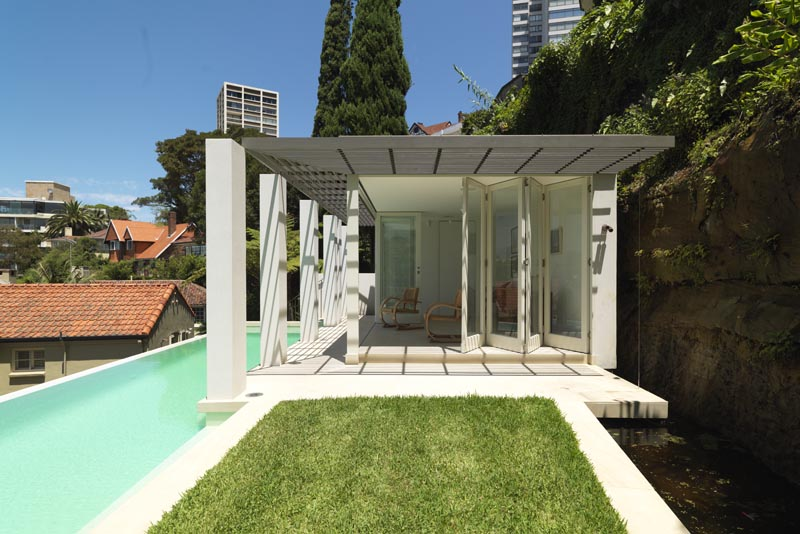 Luigi Rosselli, Swimming Pool, Pool, Awning, Pivot Doors, Lawn, Fixed Shading