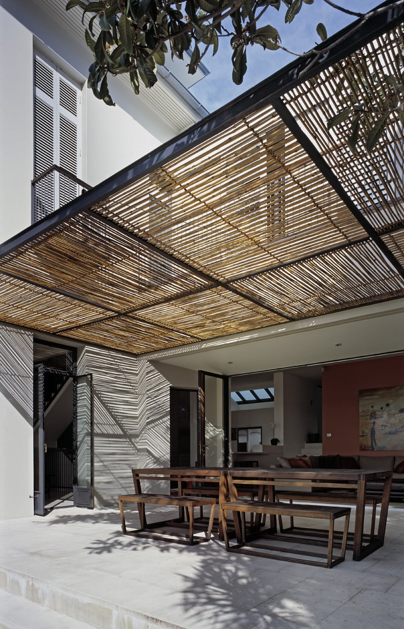 Luigi Rosselli, Bamboo Awning, Timber Batten Screen Awning, Fixed Awning, Covered Outdoor Seating Area