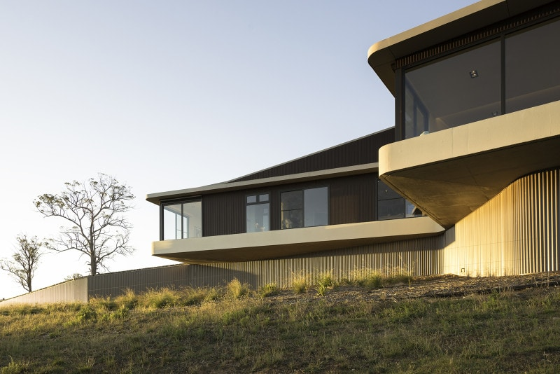 Luigi Rosselli, Cantilever, Countryside House, Concrete country house soffit