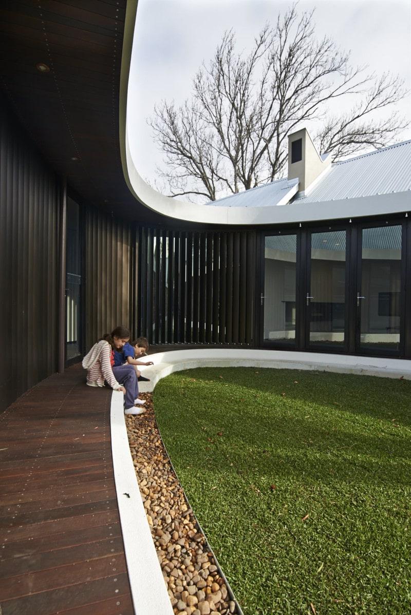 jarrah verandah verticle aluminium louvers
