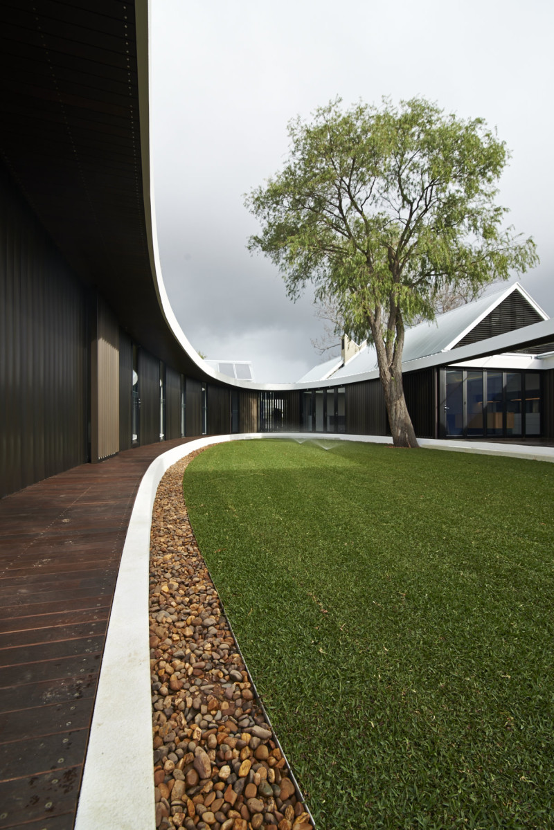 Luigi Rosselli Architects | The Subiaco Oval Courtyard | © Edward Birch