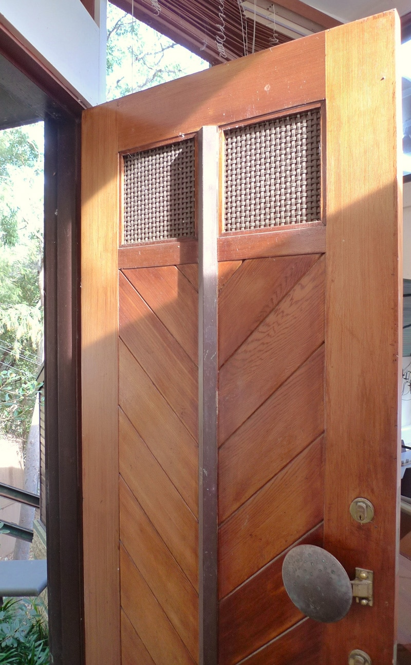 Luigi Rosselli, RiverHouse, Boat House, Hawkesbury River, Woven Brass Mesh, Timber Entry Door