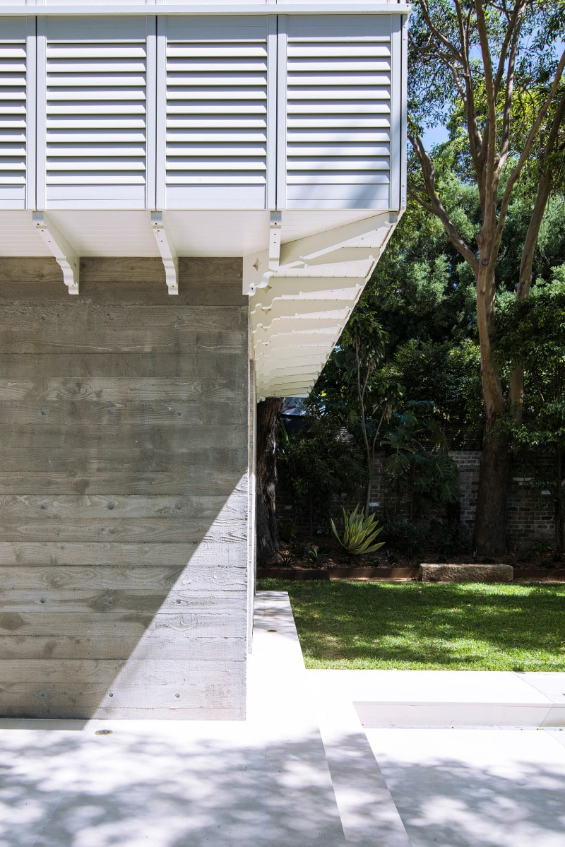 Luigi Rosselli, Timber Shutters, Timber Cladding, Exposed concrete blades wall