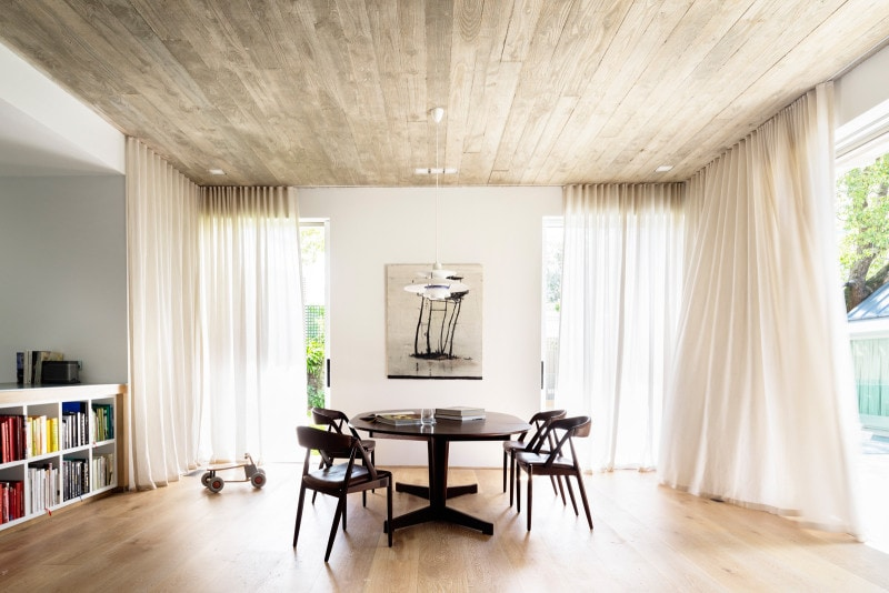 Luigi Rosselli, Stained American Oak Floor, Exposed Concrete Ceiling Liing Room, Sheer Curtains
