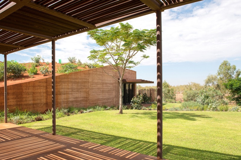 Luigi Rosselli, Rammed Earth Wall, Rammed Earth, Rammed Earth Dwelling, Verandah, Drilling Pipes Pergola