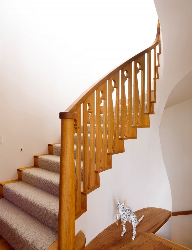 Luigi Rosselli, Carpeted Stairs, Timber Balustrade, Cut out timber balustrade spiral stair