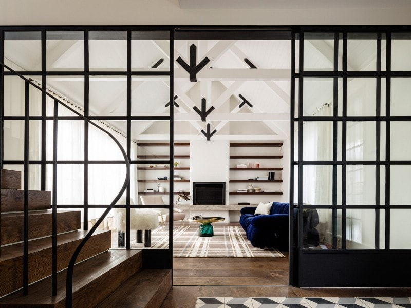Luigi Rosselli, Dark Stained American Oak, White Exposed Timber Trusses, Glazed Sliding Doors, Dark Timber Flooring, Timber Shelving, TV Cabinetry, Curved Stair Steel Balustrade