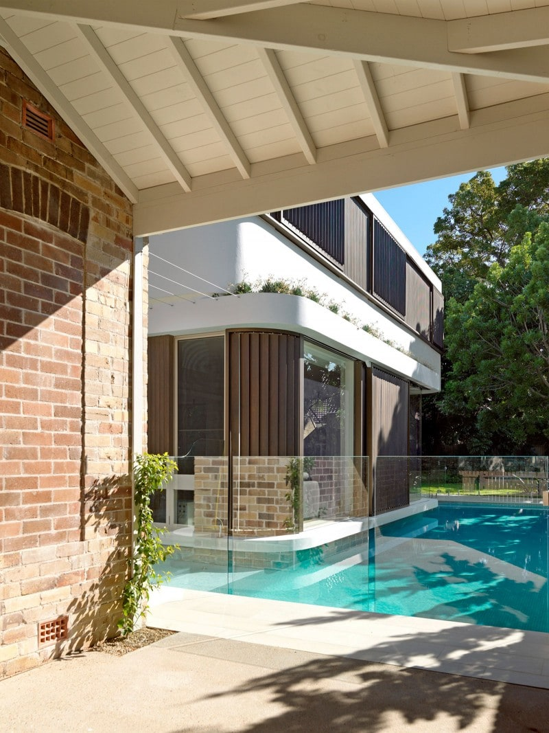 Luigi Rosselli, Exposed Rafters, Ceiling Lining Boards, Moat Swimming Pool, Frameless Glass Pool Fence, Luigi Rosselli, Glass Mosaic Pool Tiles, Lap Pool, Timber Shutters Sliding, Swimming Pool, Floating Building, Moat