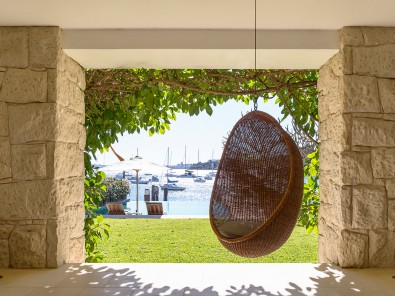 Luigi Rosselli, Stone Cladding, Sandstone Walls, Framed View, Hanging Chair, Swing Chair