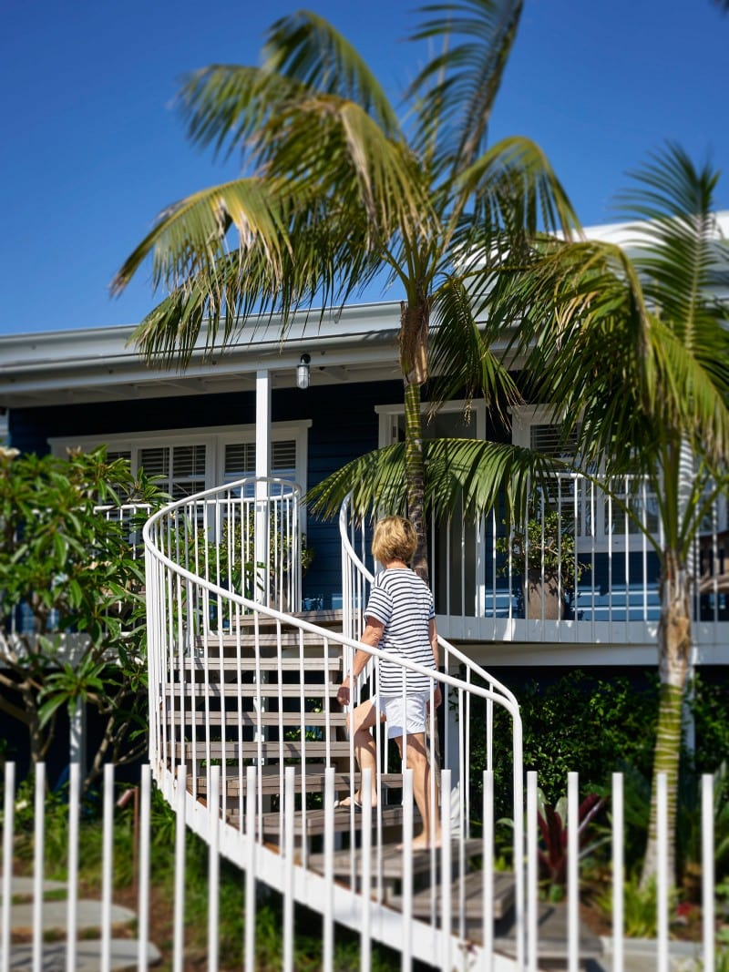 Luigi Rosselli, Elliptical External Steel Staircase, Steel Stair Balustrade, Curved External Stair