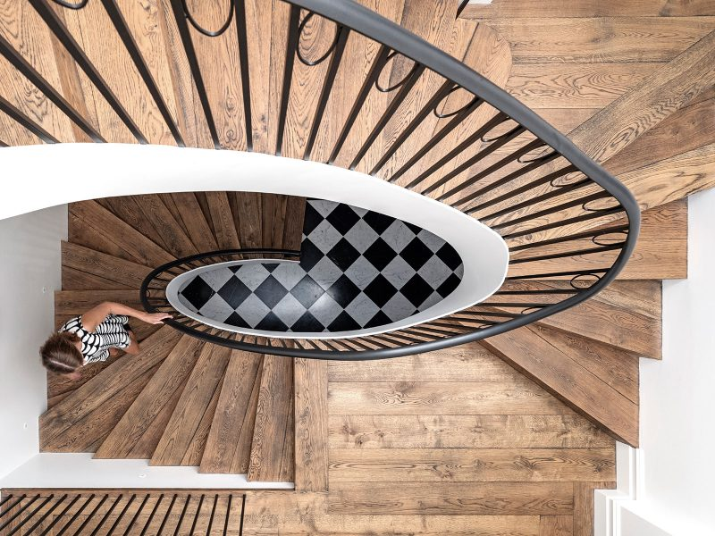 Luigi Rosselli Architects, Birds Eye View of Timber Elliptical Staircase, Curved Steel Balustrade, Timber Staircase