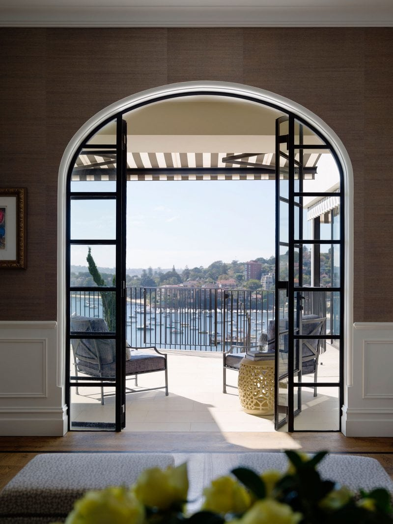 arch shaped fine steel windows