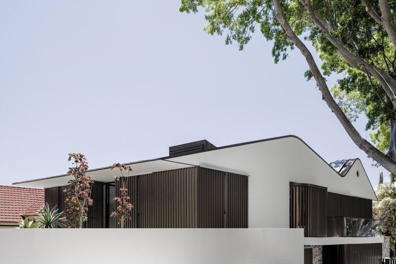 Luigi Rosselli, Aluminium Screens, Zinc Roof