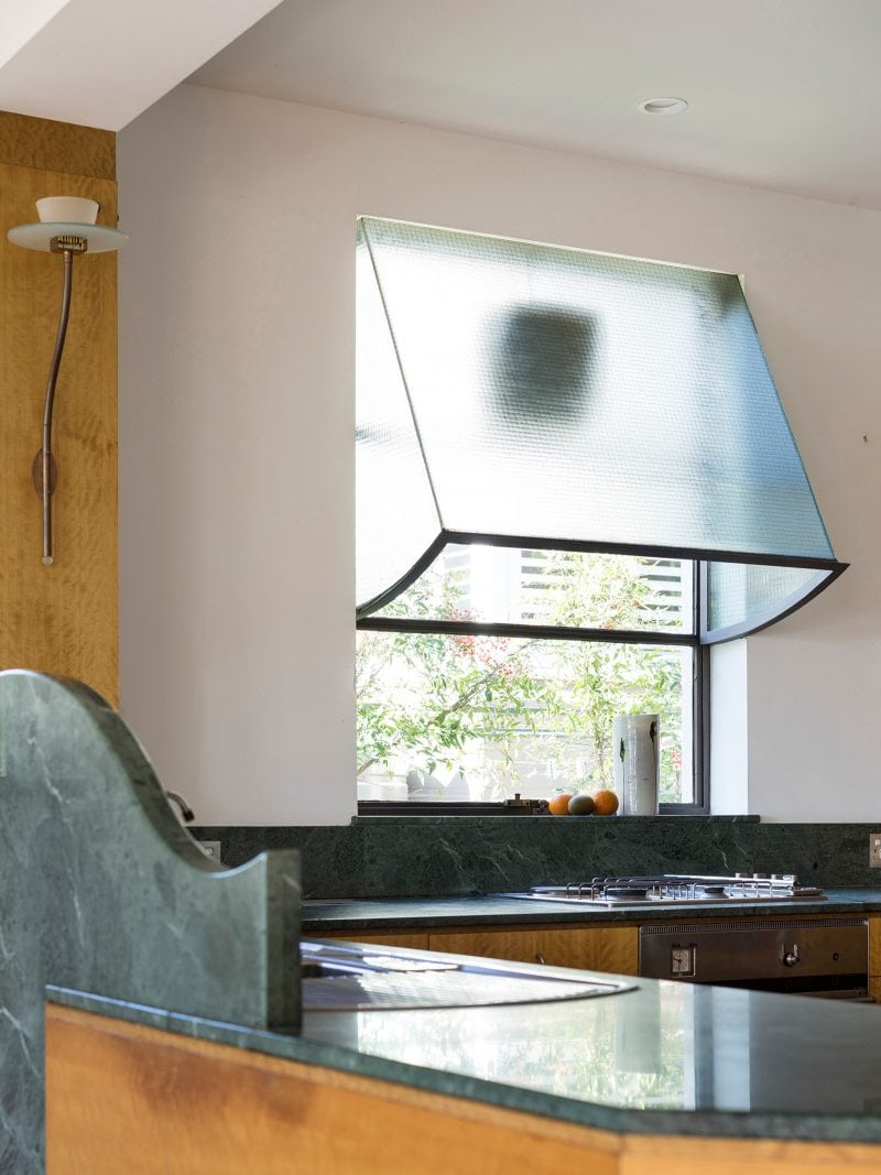 Luigi Rosselli, Green Marble Bench Top, Green Marble Splashback, Kitchen, Skylight, Rangehood