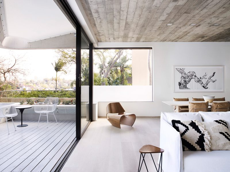 Luigi Rosselli, Sliding Aluminium windows, Off form Exposed Concrete Ceiling