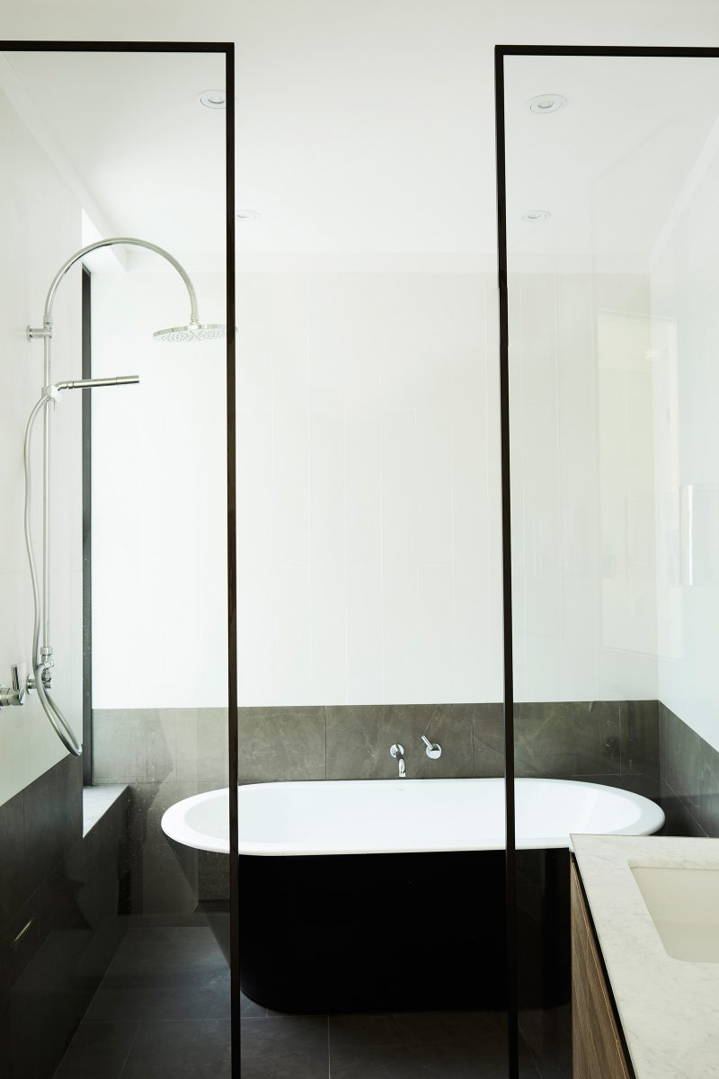 Luigi Rosselli, Bathroom, Bathroom Design, Shower Rose and Arm