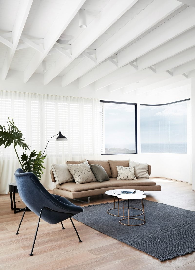 Luigi Rosselli living room, Ceiling joists, braced with traditional criss-cross braces, Tamarama ocean views