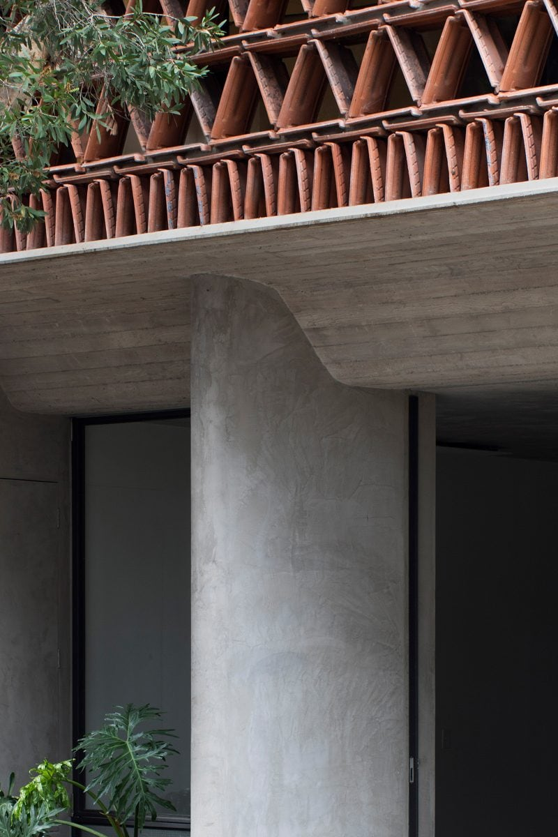 Luigi Rosselli Architects The Beehive studio concrete awning from street level