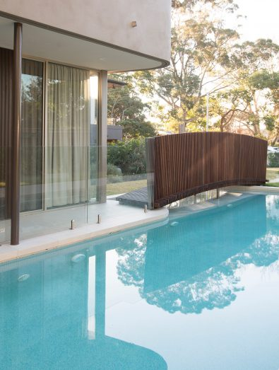 Luigi Rosselli Architects, Swimming Pool, Timber Bridge, Frameless Glass Pool Fencing, Frameless Glass, Timber Cladding, Concrete