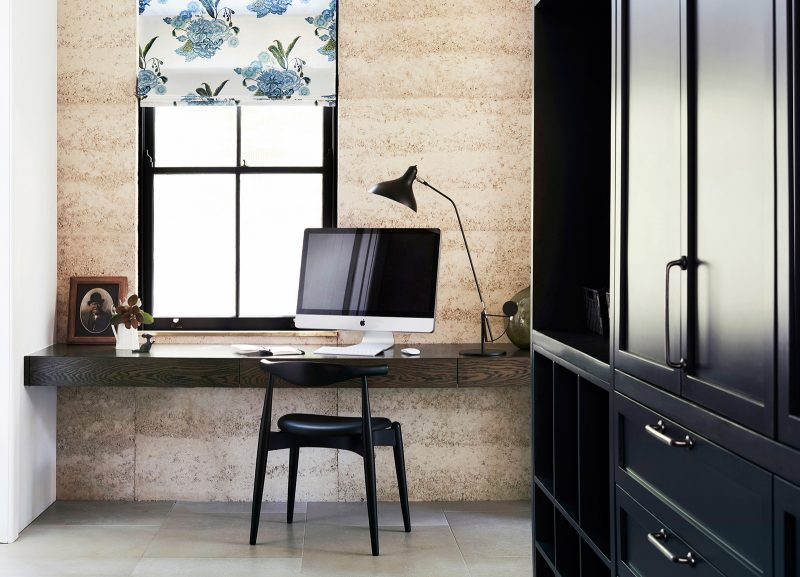 Luigi Rosselli Architects, Rammed Earth Walls, Rammed Earth Interiors, Floating Desk