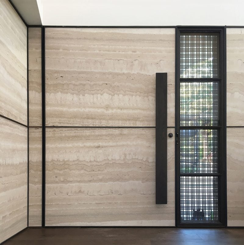 Luigi Rosselli Architects, travertine wall, travertine tiles, entry door, woven brass mesh, Woollarha house, Sydney house, Sydney architecture, Woollahra architecture