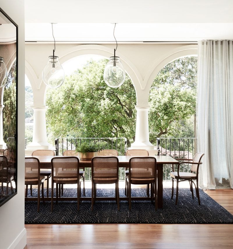 Luigi Rosselli Architects, Sydney architecture, Woollahra house, residential architecture, frameless glass balustrade, Woollahra architecture, mediterranean classicism villa, entry stone stair, dining area, verandah